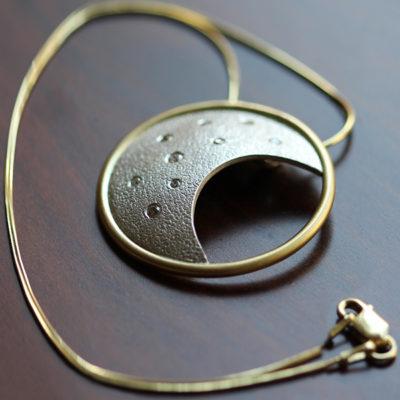 Eclipse Luna Natalie Barat Design - Award Winner