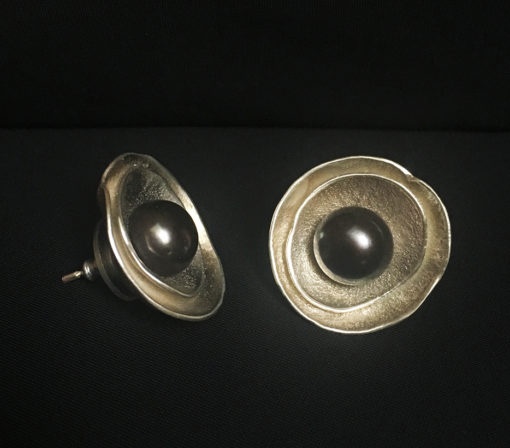 black pearl stud nest earrings-Natalie Barat Design