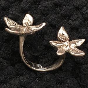 flower power silver in between finger ring-Natalie Barat Design