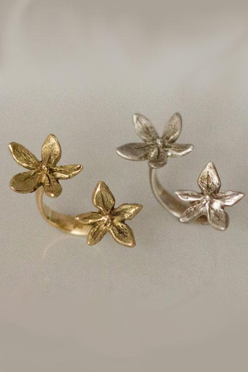 18k gold flower power between the finger ring-Natalie Barat Design