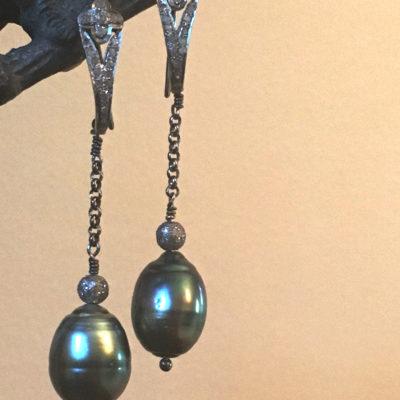 Tahitian Pearl-pave Diamond-earrings