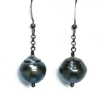 Tahitian Pearl earrings with gunmetal chain and ear post