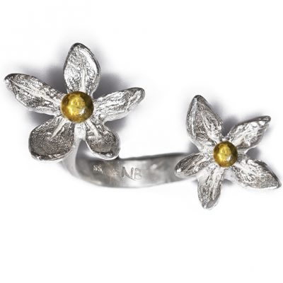 Flower Power with 18K gold balls in between finger ring