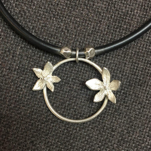 Natalie Barat signature flowerpower-necklace