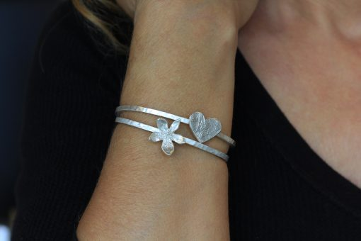 flower and heart bangles