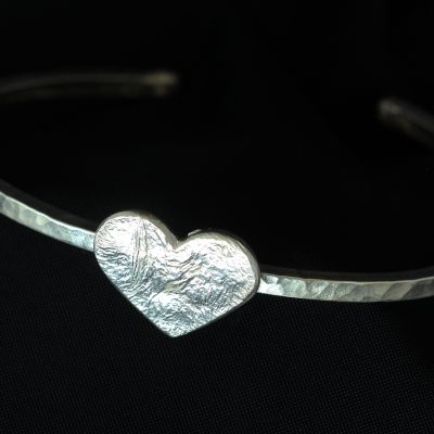 heart silver hammered bangle
