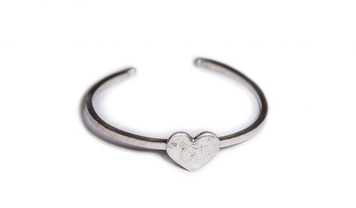 Heart silver textured bangle