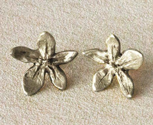 Flower power silver stud earrings