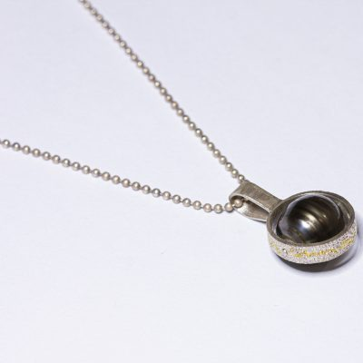 black pearl riveted necklace