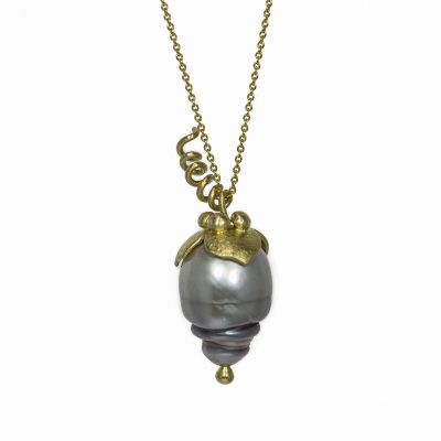 Uva gold and Tahitian pearl necklace